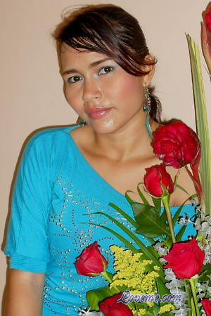 Eli is another cute Colombian girl from Barranquilla